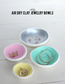 8 DIY projects for mother's day // Clay Jewelry Bowls