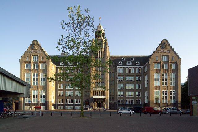 DesignJoyBlog // Lloyd Hotel Amsterdam Facade Voorkant- door Allard van der Hoek
