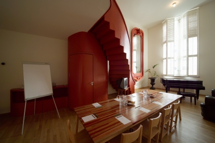 DesignJoyBlog // Lloyd Hotel Amsterdam muziekkamer - Allard van der Hoek