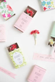 DesignJoyBlog_6 DIY Gifts for your Mum_matchbox Bouquet